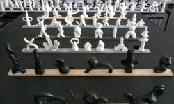 2 invasion der mönsterchen, aus der Werkgruppe »mönsterchen«, Kleinskulpturen aus Knete, 2008-12