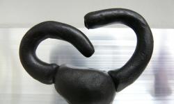 9 der vereinnahmer, aus der Werkgruppe »mönsterchen«, Kleinskulpturen aus Knete, 2008-12